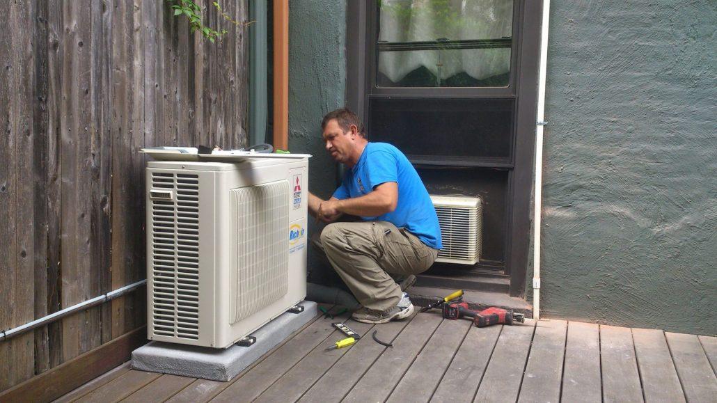 Încărcare freon aer condiționat Gree Domnești